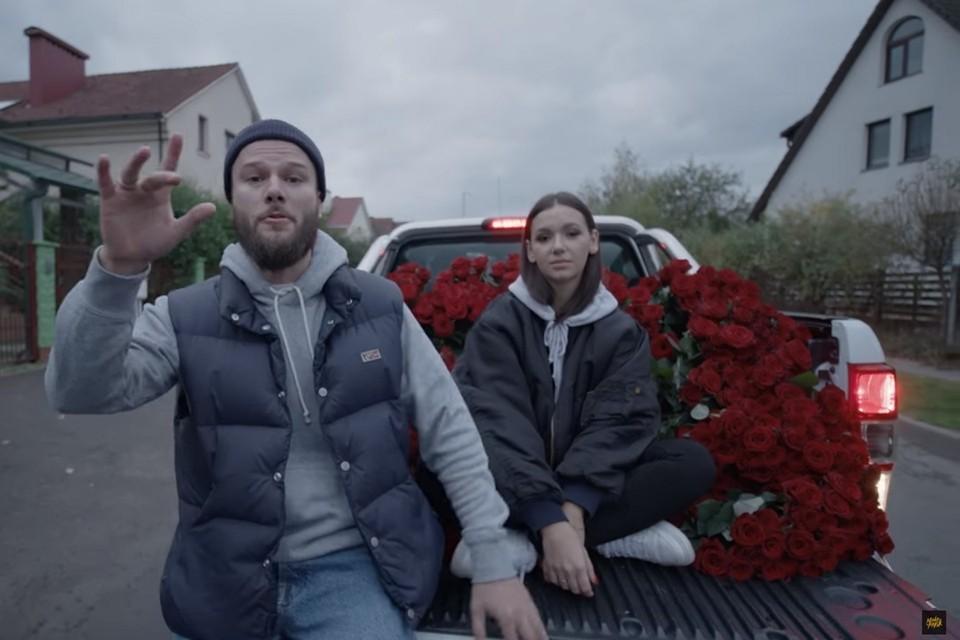 В свой день рождения Макс Корж выпустил на YouTube клип на трек «Её виной»