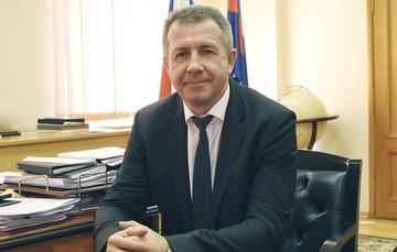 CК России: замдиректора ФСИН России Валерий Максименко обвиняется в злоупотреблениях