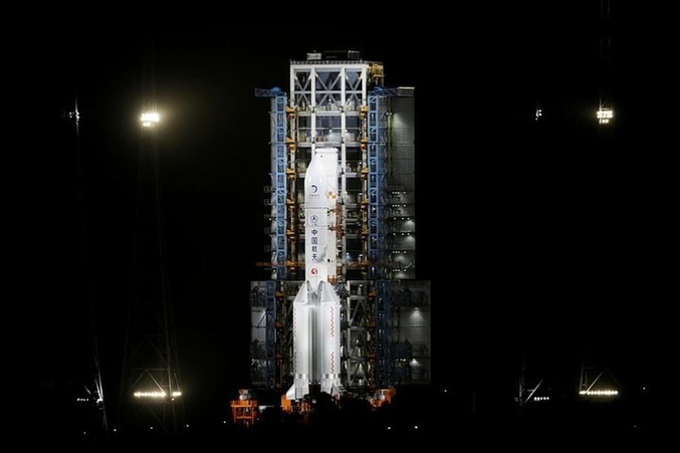 Китайский космический аппарат совершил успешную посадку на Луну