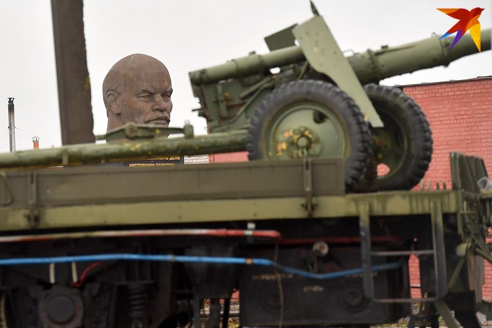 Чтобы взять главную крепость Линии Сталина под Минском, немцы сбрасывали на нее авиабомбы