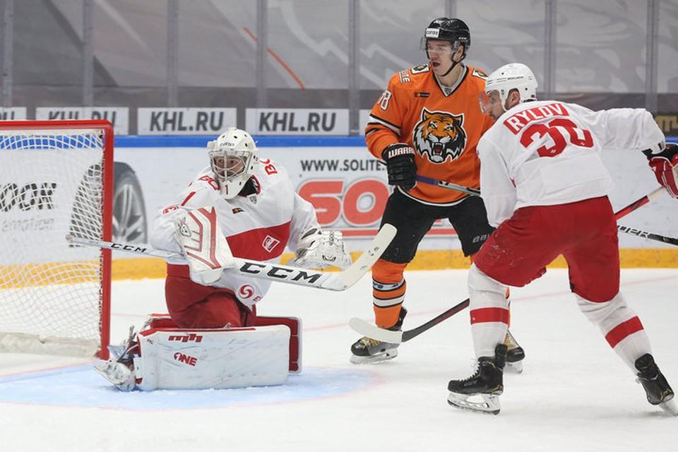 И снова разгром: Хабаровский «Амур» выиграл столичный «Спартак» со счетом 6:2