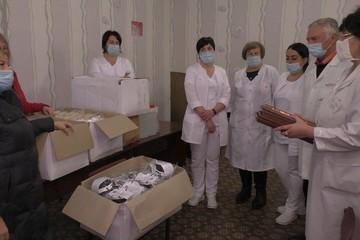 Уникальные маски были доставлены в госпитальные базы Донецка и Снежного волонтерами Международной группы «Москва-Донбасс»