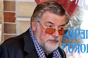 Коронавирус у знаменитостей, последние новости на 3 декабря: Ширвиндта выписывают, а ведущего «Холостяка» не взяли на съемки