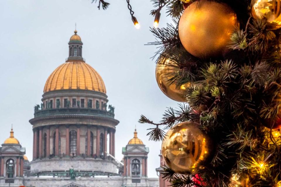 Новогодние каникулы в Санкт-Петербурге без музеев, театров и ресторанов: как ограничения отразятся на туристах