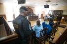 Десять часов на нервах и слезы радости: Что проходило в суде в решающий день калининградского «дела врачей»