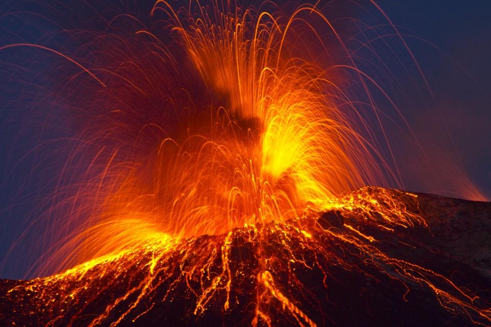 Даже падение астероида не так страшно, как извержение супервулкана.