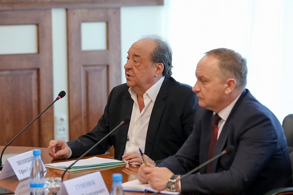 Театральные коллеги даже не знали о болезни худрука. Фото: Игорь Новиков/правительство Приморья.