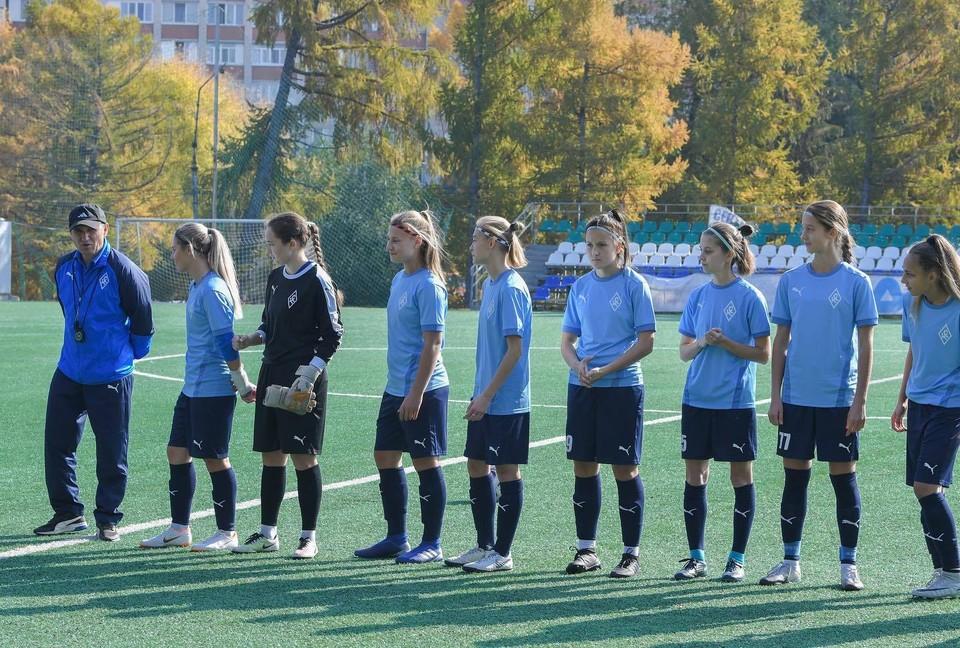 Женскую команду в «Крыльях» создали в ноябре 2019 года, у нее нет статуса профессиональной. Фото: ЖФК «Крылья Советов».