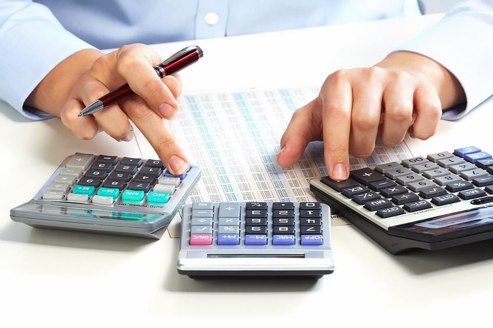 C 1 января репетиторы и парикмахеры платят больше налогов.