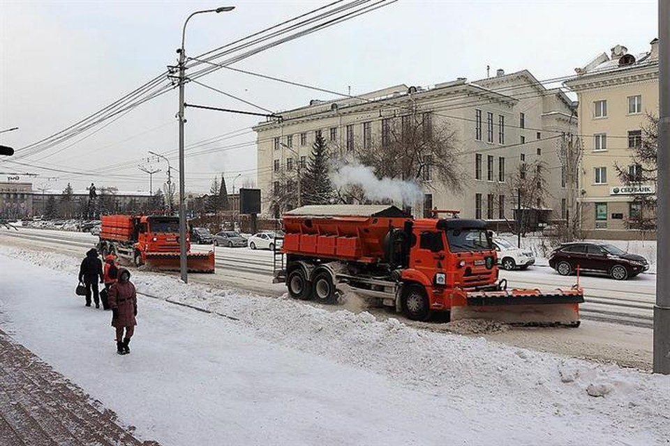 В центре Красноярска проверили, как коммунальщики убирают снег. Фото: пресс-служба администрации города