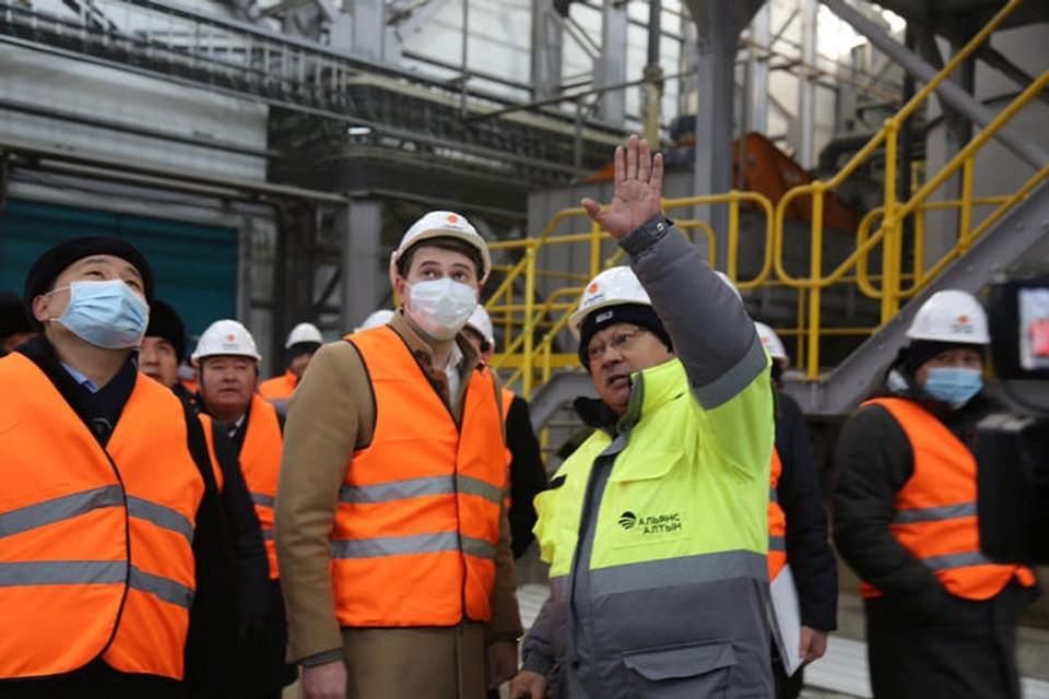 Артем Новиков посмотрел, как идут восстановительные работы на Джеруе.