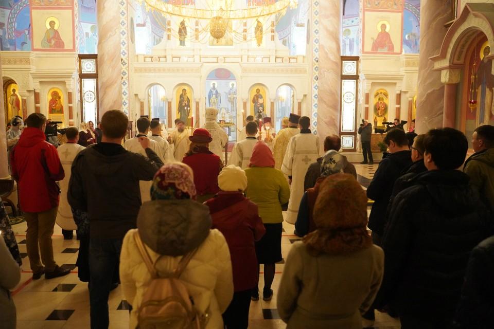 Напомним, 7 января в храмах и церквях области будут проходить праздничные службы.