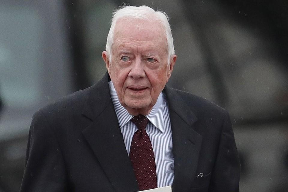 39-й президент США Джимми Картер вместе с супругой продолжает соблюдать режим самоизоляции и не выходит из дома.