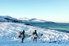 Стальные объятия Баренцева моря: В Териберке развивается заполярный серфинг