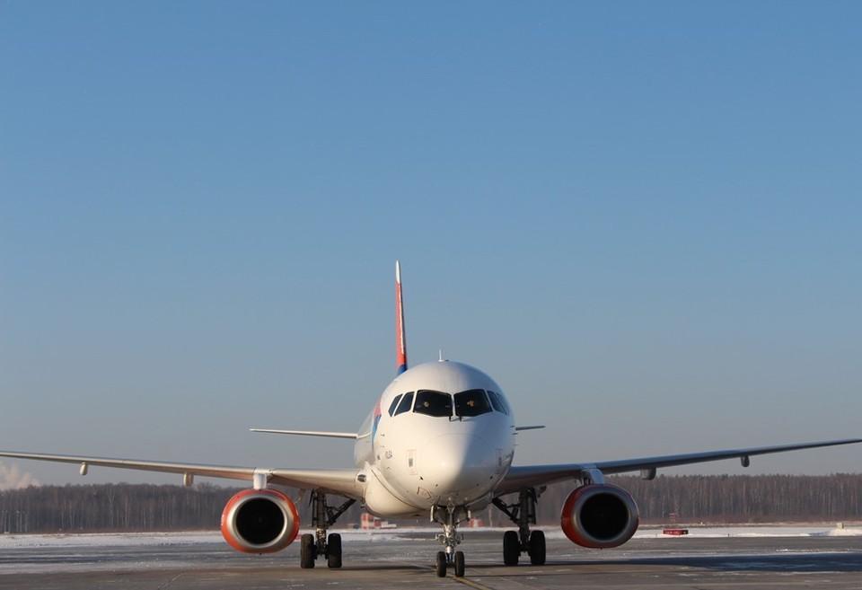 Авиакомпания «Азимут» будет летать по этому направлению с частотой два раза в неделю. Фото: пресс-служба международного аэропорта Стригино