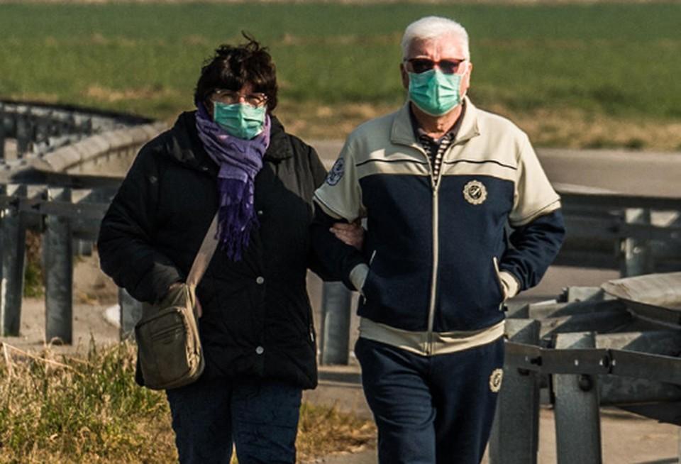 Ученые выяснили, почему жители итальянского острова вообще не болеют коронавирусом