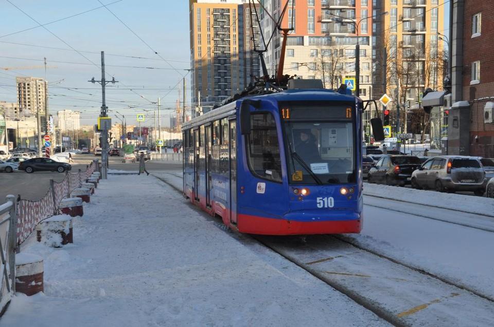 Трамвай №11 будут обозначать желтым и зеленым цветами