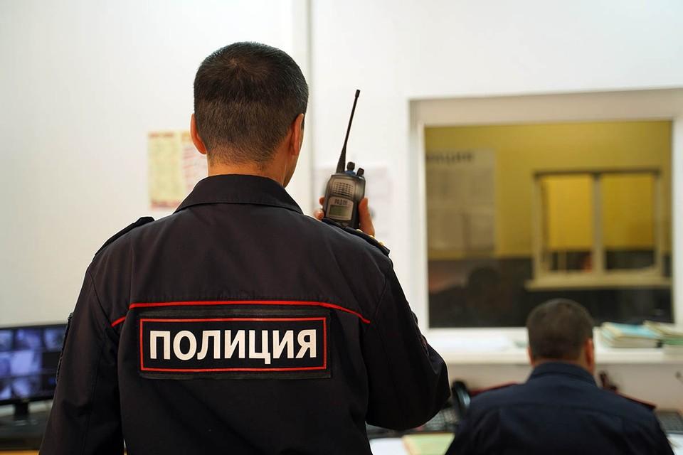 В настоящий момент Следственный комитет России по Чувашской Республике возбудил в отношении бывшего участкового уголовные дела по части 3 статьи 242 УК РФ