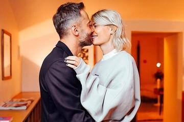 «Спасибо тебе. Люблю!»: Невеста Дмитрия Шепелева нежно поздравила его с днем рождения