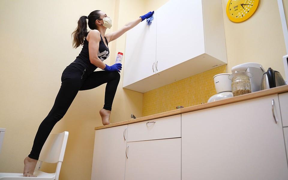 Специальные коучи научат вас наводить порядок в квартире.