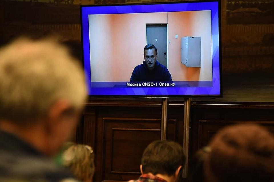 Суд приобщил к материалам дела документы о пребывании Навального в берлинской клинике