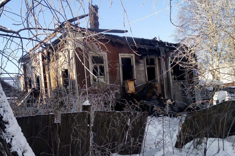 Страшный пожар унёс жизни пяти человек. Фото: СУ СК по Коми.