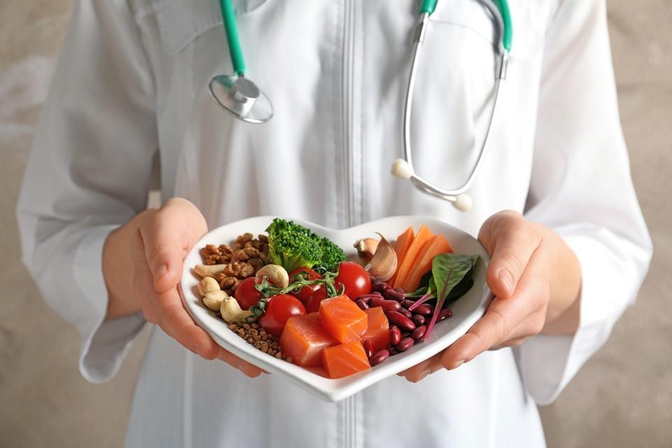 Врач-кардиолог рассказал, как питаться, чтобы сердце было здоровым.