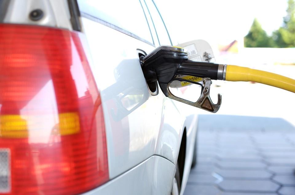 Доставлен как 92-й, так и 95-й бензин. Фото: pixabay.com