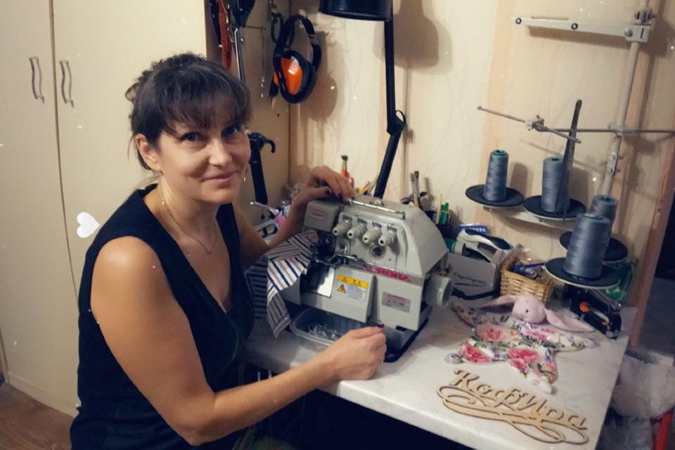 Всю жизнь Ирина шила вещи для себя и для своей семьи