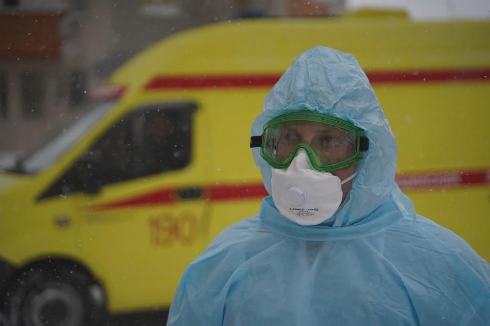 Сегодня в мире зафиксировано уже более 4 тысяч вариантов коронавируса.