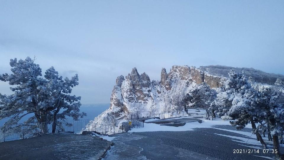 На Ай-Петри самая настоящая зима. Фото: Андрей Бачурин/VK