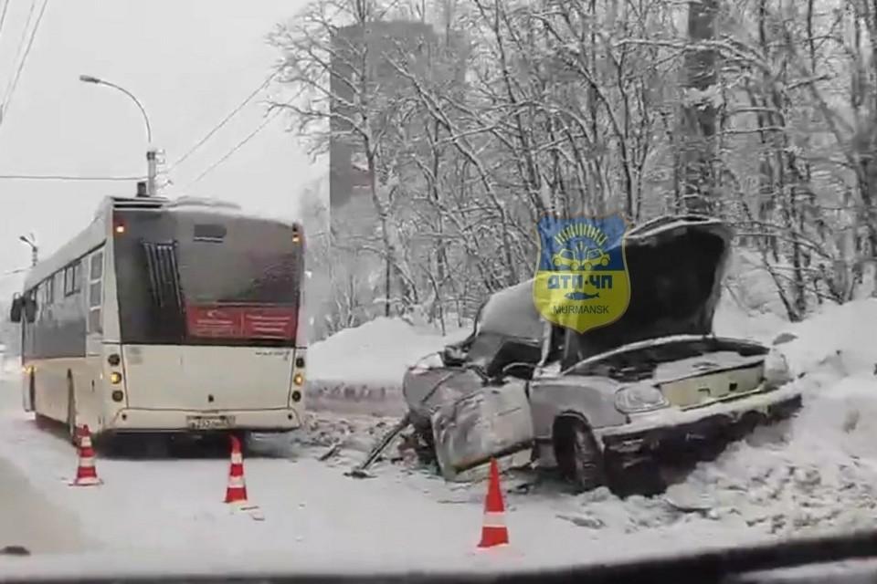 Авария случилась на улице Копытова. Фото: vk.com/murmansk_dtp