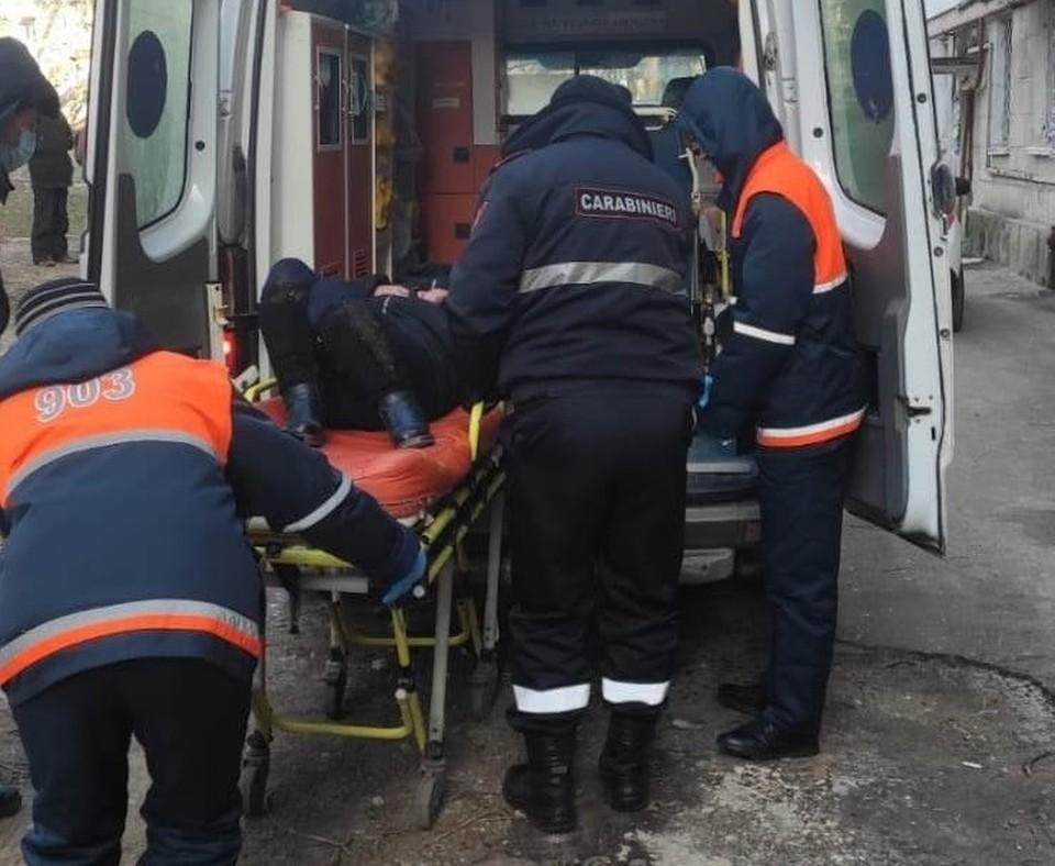 Спасли от гибели на морозе двух человек (Фото: полиция).