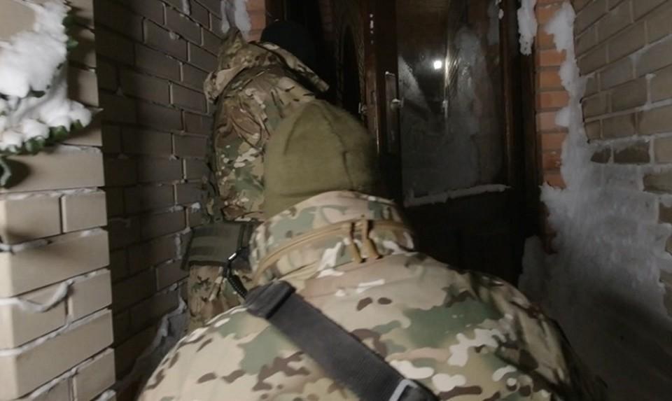 Помощники террористов пересылали им деньги больше 4 лет. Фото: скриншот из видео