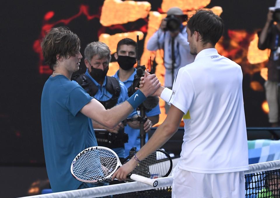 Даниил Медведев вышел в полуфинал Australian Open, обыграв Андрея Рублева