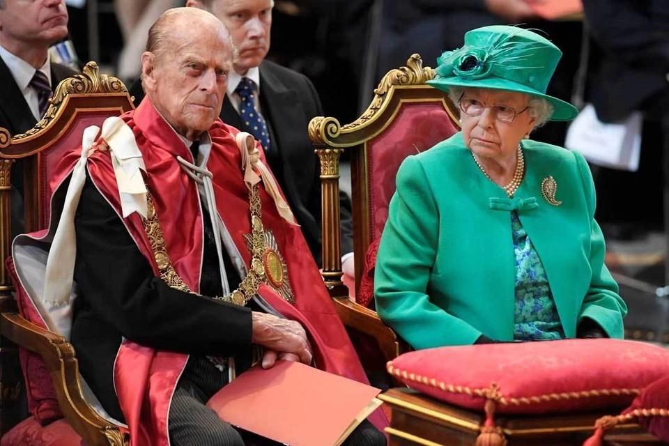 Супруг Елизаветы II принц Филипп попал в больницу