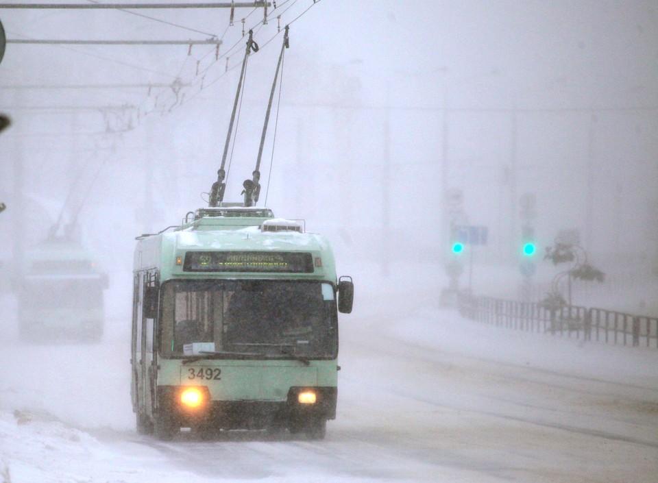 Минтранс прокомментировал задержку автобусов в Нижнем Новгороде.