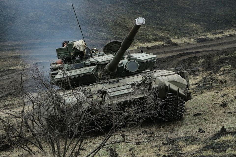 В танке выгорели пороховые заряды и все оборудование. Фото: Пресс-центр штаба ООС