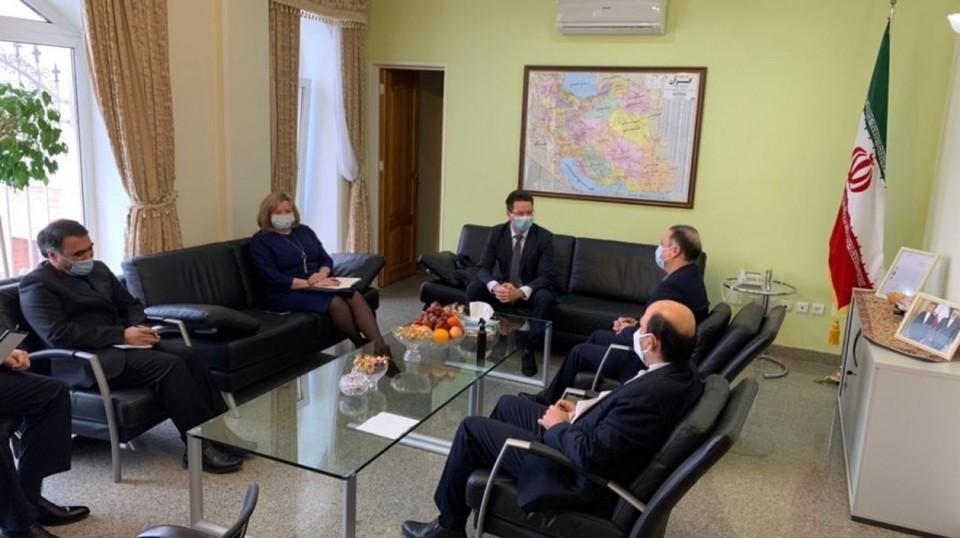 Руководитель агентства международных связей региона Владимир Головков провёл рабочую встречу с Генеральным консулом Ирана в Астрахани Мехди Акучакианом