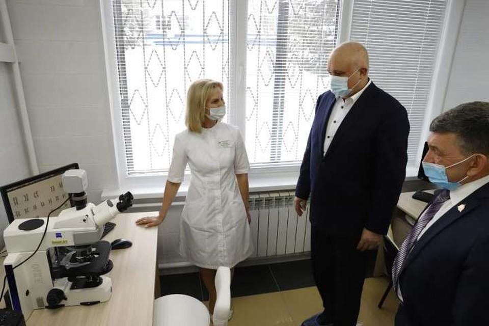 Крупнейшая в Кузбассе генетическая лаборатория открылась в Кемерове. ФОТО: пресс-служба АПК
