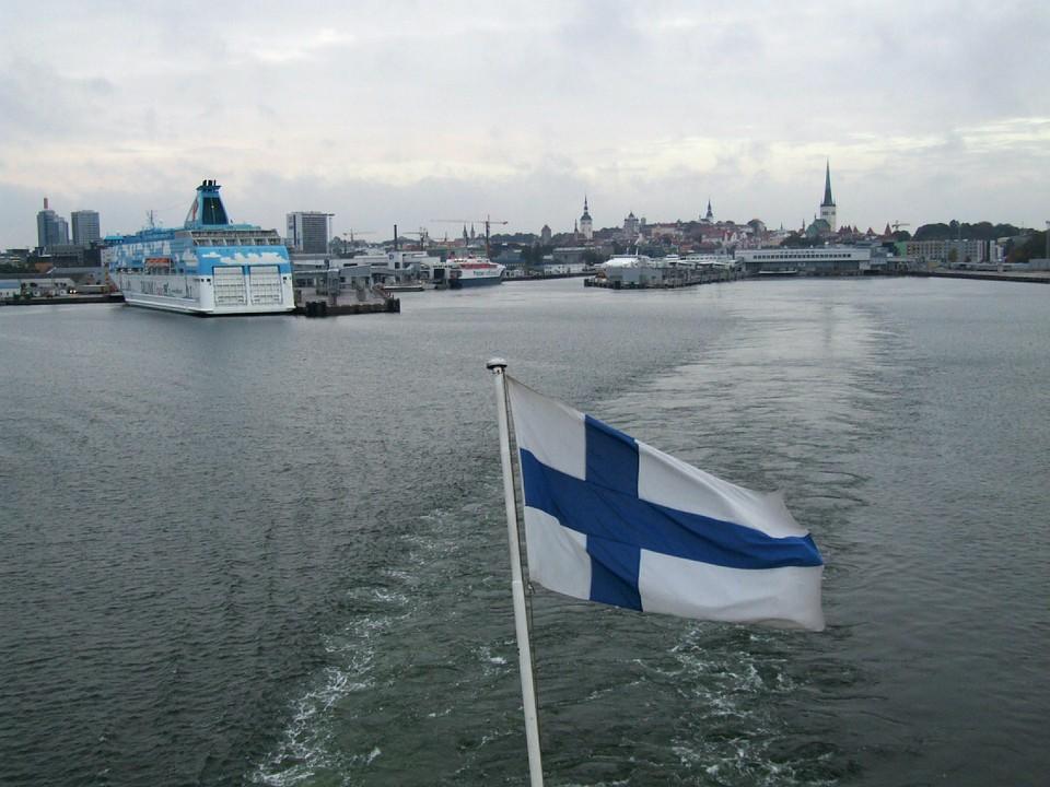 В Финляндии предложили арестовывать за отказ от тестирования на коронавирус