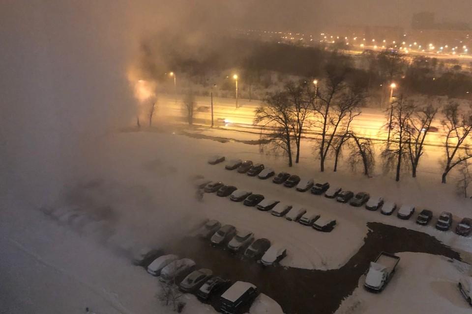 Жители ряда домов в районе проснулись от холода: батареи стали «ледяными». Фото: Сообщество «ДТП и ЧП | Санкт-Петербург» во «ВКонтакте»