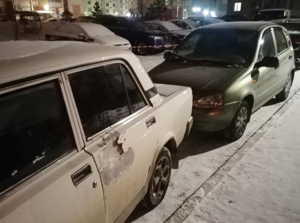 Одна из пуль попала в автомобиль. Фото: vk.com / Дарья Тадевосян