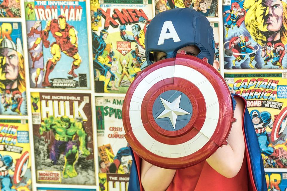 Каждый десятый российский школьник считает героями прежде всего персонажей американских комиксов.