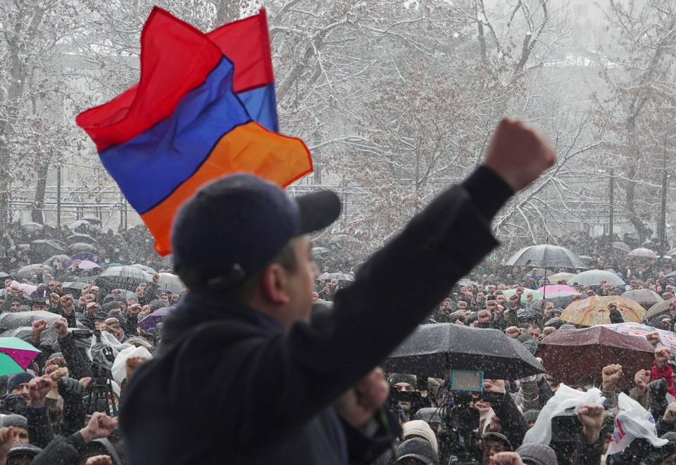 В Армении вновь назревает политический кризис