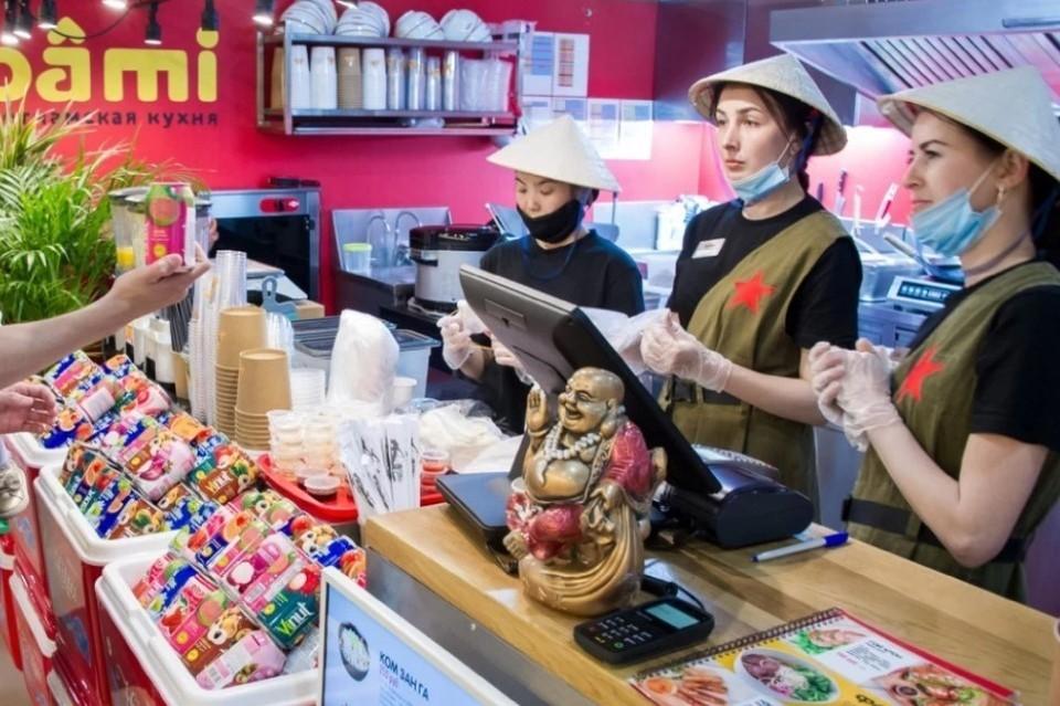 Ограничения по заполняемости заведений общественного питания все еще остаются в силе