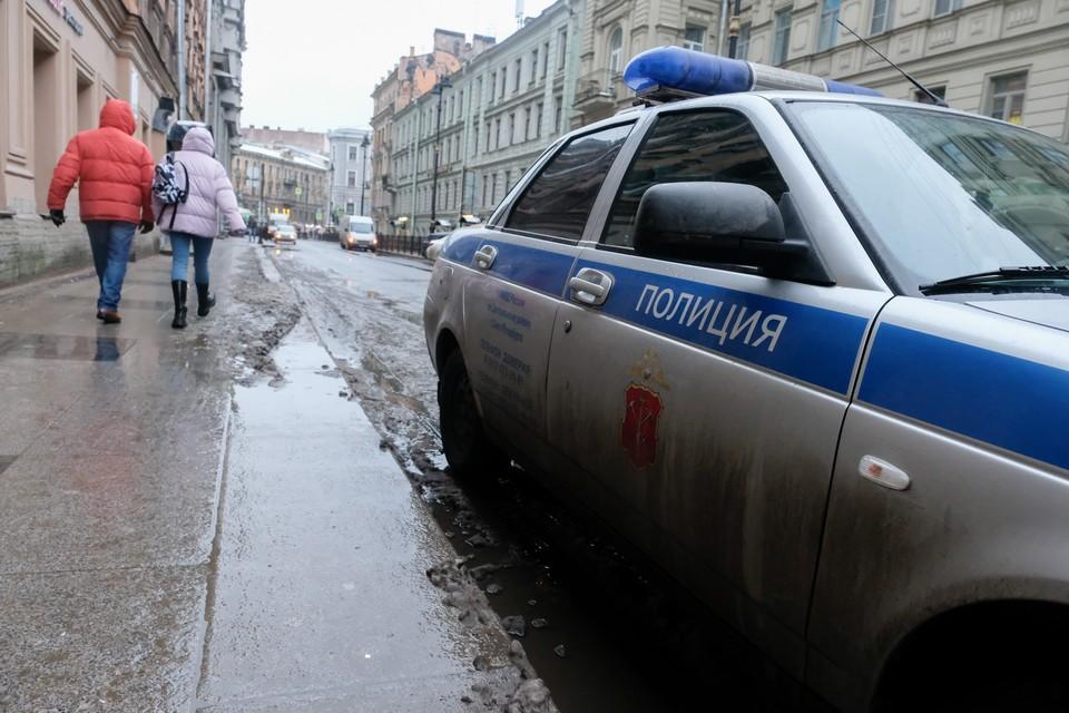 В Петербурге к парадной дома подкинули труп мужчины