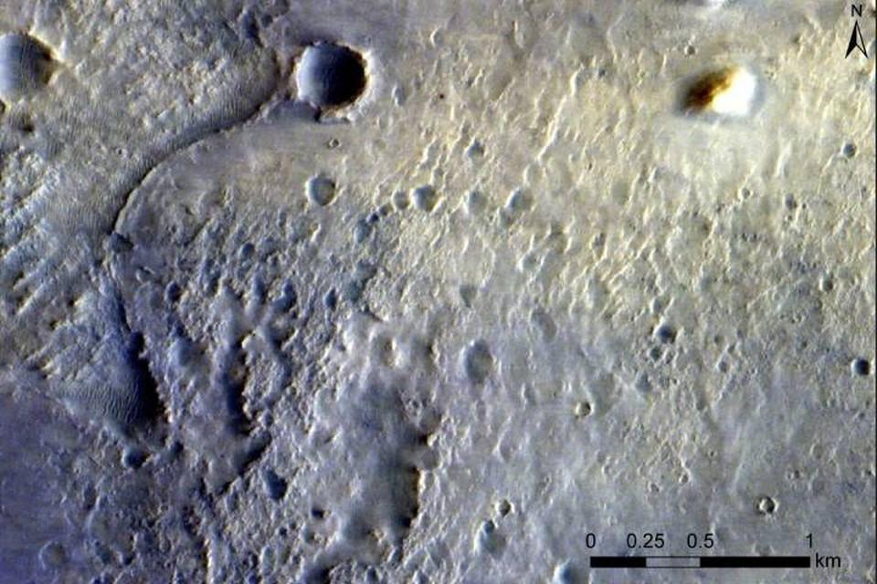 """Снимок с борта межпланетной станции миссии """"ЭкзоМарс"""" совместного проекта """"Роскосмоса"""" и Европейского космического агентства."""