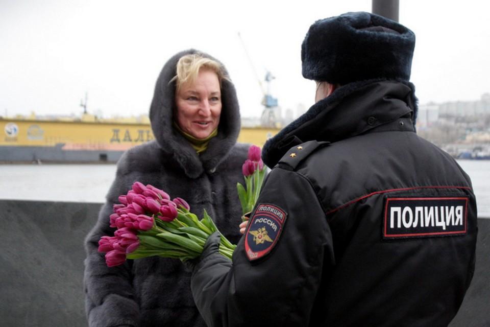 Приморье присоединилось к акции «8 март – в каждый дом».