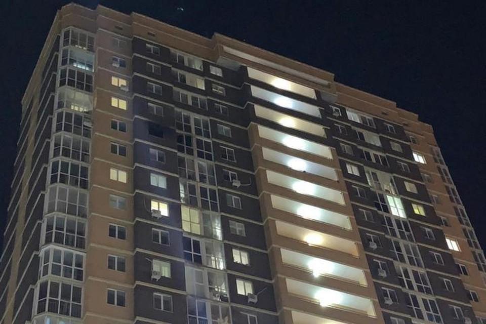 Эксперт уверен, что цена на квартиры может незначительно снизиться только в доме №6, где произошел пожар.